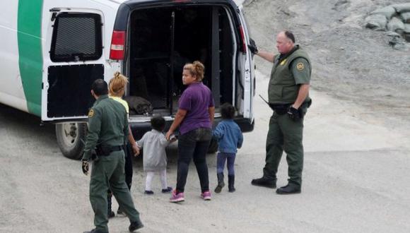 Autoridades de inmigración en Estados Unidos dijeron que se realizará una autopsia para determinar la causa de la muerte de una niña guatemalteca que murió después de ser detenida por la Patrulla Fronteriza. (Foto referencial Reuters)