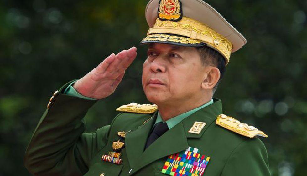 El comandante en jefe de Birmanoa, el general Min. Aung Hlaing y el vice superior general Soe Win deberían ser investigados por genocidio contra los rohinyá. (Foto: AFP)