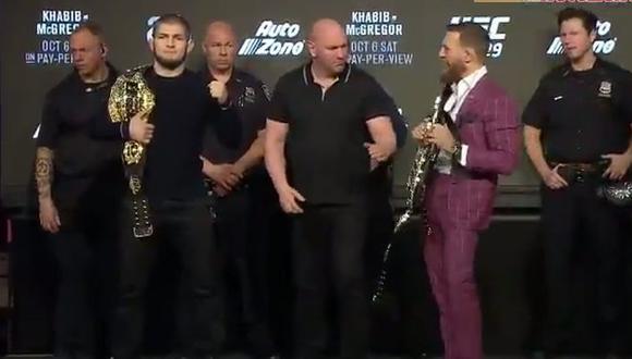 En el primer careo entre Conor McGregor y Khabib Nurmagomedov tuvieron que intervenir policías para no se vayan a la manos. (Foto: UFC).