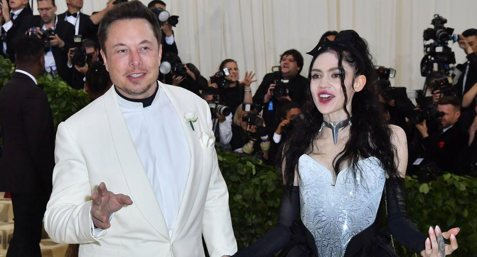 Imagen referencial. Elon Musk y Grimes llegan para la Gala Met 2018, en el Museo Metropolitano de Arte de Nueva York. (ANGELA WEISS / AFP).