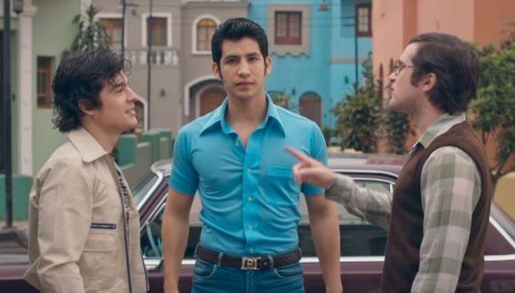 """El comercial """"Beto y Elena"""" cuenta la historia de dos jóvenes que se enamoran a través de la pantalla de televisores. (Captura de pantall / Youtube)."""