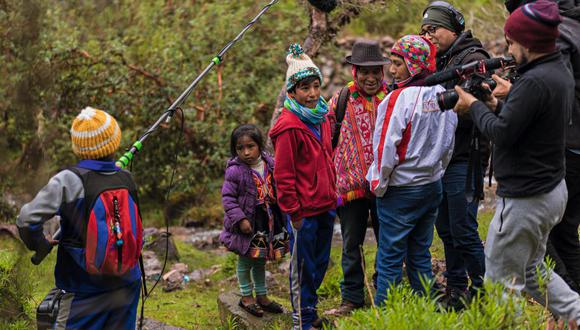 El corto en el que participaron los niños del colegio cusqueño de Pampacorral, sobre la leyenda de la puya Raimondi, se transmitirá a toda Latinoamérica a través de DIRECTV.