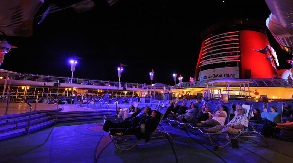 Navega en un crucero inspirado en tus series preferidas - 1