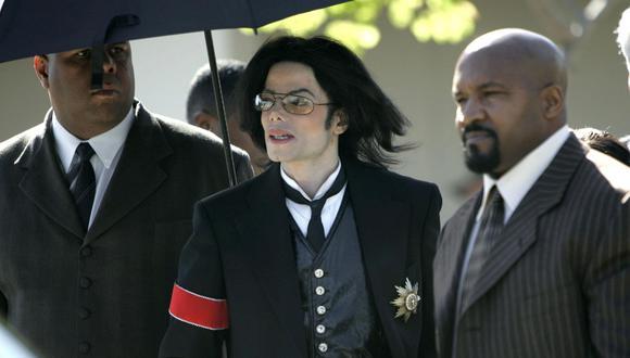 Michael Jackson fue absuelto en 2005 por cargos de haber abusado sexualmente de un niño. (Foto: AFP)
