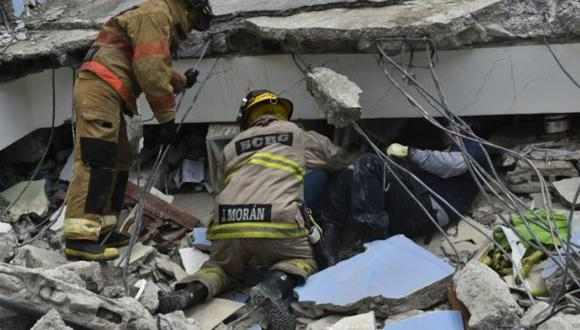 Ecuador: Anciano es rescatado 13 días después del terremoto