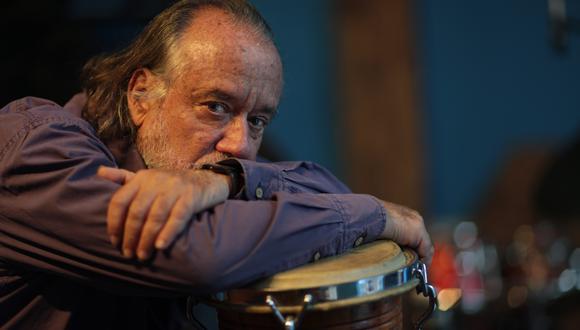 Manongo Mujica,Baterista, percusionista y pintor een una sesión de fotos para este diario. Foto: Juan Ponce para El Comercio.