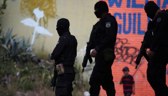 La muerte de los efectivos se produce en el marco de un repunte de homicidios en las últimas dos semanas atribuidos por las autoridades a las pandillas. (Reuters)