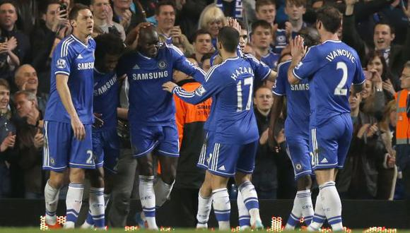 Chelsea goleó 4-0 al Tottenham y sigue de líder de la Premier