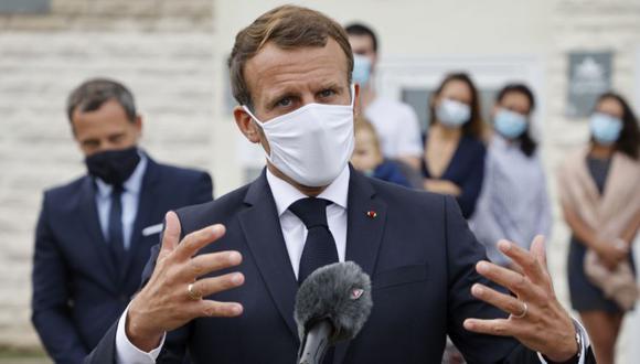 El presidente francés, Emmanuel Macron, habla después de visitar un Centro de Protección Materno-Infantil (PMI) en Longjumeau, un suburbio del sur de París. (Foto: Ludovic Marin / POOL vía AP).