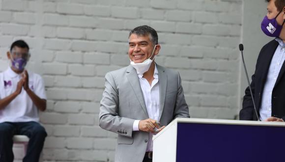 """Guzmán también invitó a otros candidatos presidenciales a participar en el debate y enfatizó que la actual crisis requiere """"propuestas serias"""" y """"no populistas"""". (Foto: GEC)"""