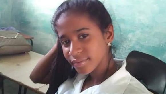 Gabriela Zequeira tiene 17 años, estudia contabilidad y fue detenida el 11 de julio en La Habana. (Archivo familiar).