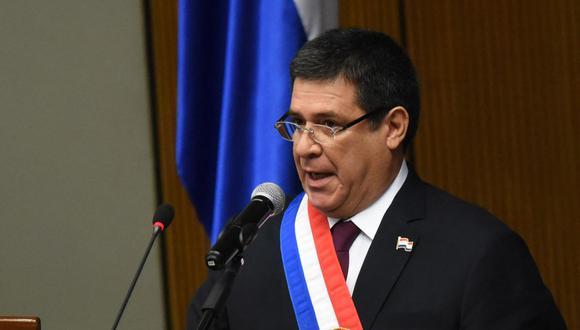 El entonces presidente de Paraguay, Horacio Cartes, entrega el informe legislativo anual, el 1 de julio de 2018. (Foto: NORBERTO DUARTE / AFP).