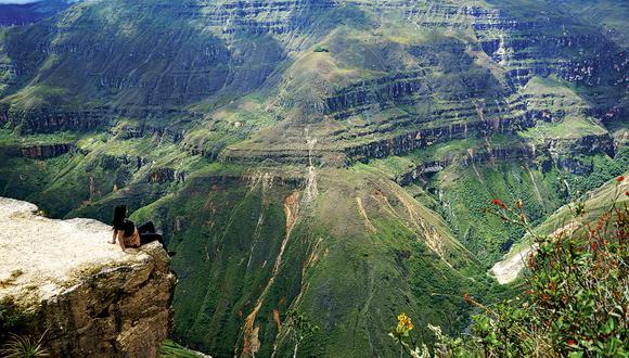 Sonche (2.620 m.s.n.m.) está a solo 8 km de Chachapoyas. Algunos aventureros prefieren hacer el recorrido a pie, pues la campiña es hermosa y se tiene una inmejorable vista de la zona.