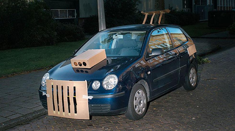 El fotógrafo que 'tunea' autos con trozos de cartón [FOTOS] - 7
