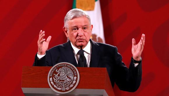 El presidente de México, Andrés Manuel López Obrador (AMLO), habla durante su conferencia de prensa matutina en la que informa. (EFE/ Jorge Núñez).