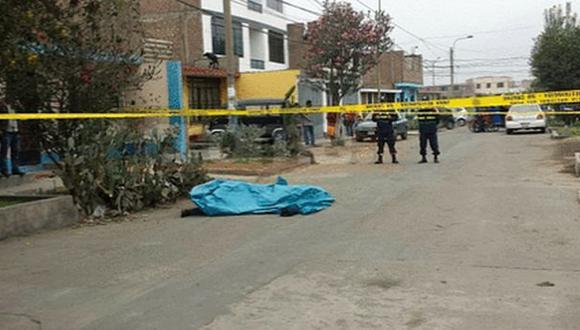 SJL: policía en retiro disparó a su hija y luego se suicidó