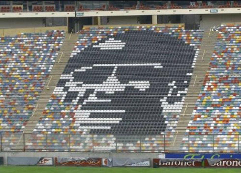 El rostro de Lolo Fernández formado en un sector de la tribuna Oriente del estadio Monumental de Ate | Foto: GEC