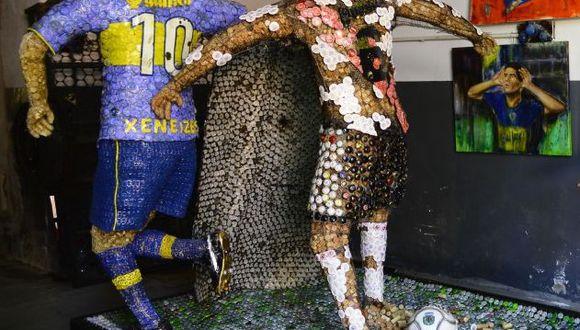 Escultura de la histórica 'huacha' de Riquelme a Yepes.