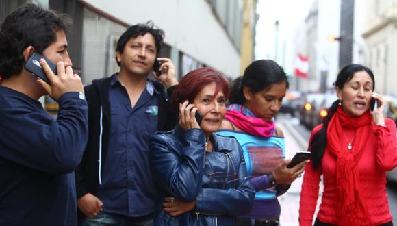 Se reaviva la controversia sobre la salud y los celulares