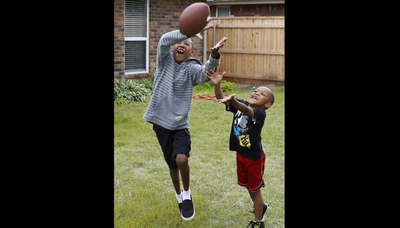 Obama pide investigar lesiones en deportes infantiles
