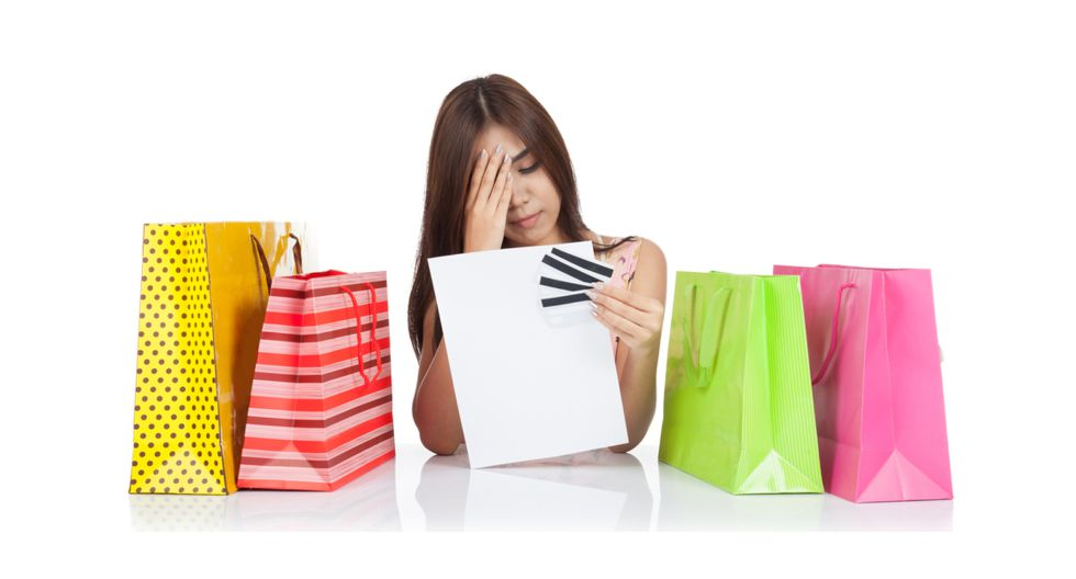 Se puede prescindir de caprichos en el supermercado, así como gastos en ropa innecesaria. Esto permitirá una mejor organización de gastos según los ingresos.