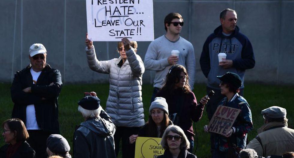La localidad de Pittsburgh, todavía se encuentra conmocionada tras haber sufrido el peor ataque antisemita de la historia reciente de Estados Unidos.   Foto: AFP