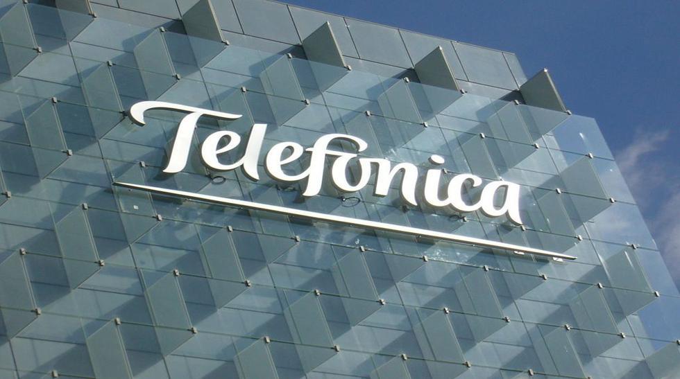 1. Telefónica. Una de las empresas de telecomunicaciones más grandes del mundo fue atacada pero, según el responsable de ciberseguridad de Telefónica, el antiguo hacker español Chema Alonso, los equipos infectados se ma