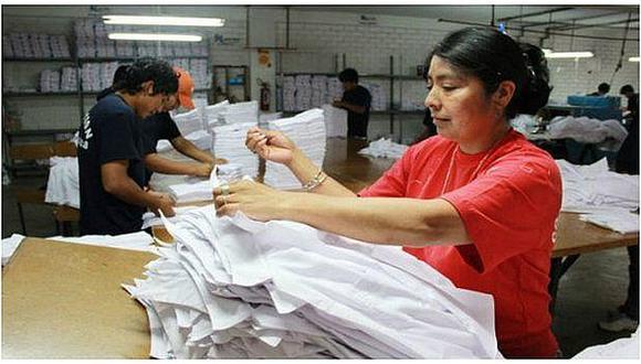 El Estado debería de promover la formalidad. El discurso es que las microempresas tienen la preferencia en las contrataciones estales, pero a estas empresas no se les exige formalidad., dijo Jorge Toyama, socio del Estudio Vinatea & Toyama Foto: GEC