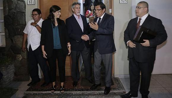 Los integrantes del Ejecutivo se reunieron con los virtuales congresistas del Partido Morado en el local de la agrupación de Miraflores. (Foto: César Zamalloa / GEC)