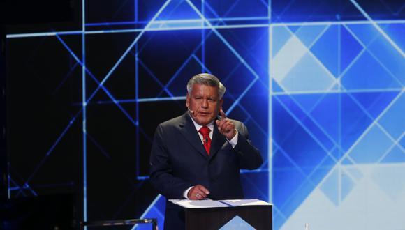 César Acuña, candidato de APP, se mostró conforme con su participación en la primera fecha del debate presidencial del JNE   Foto: Anthony Niño de Guzmán - @photo.gec