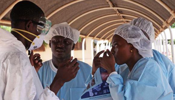 Ébola: Dan de alta al último infectado con el virus en Mali