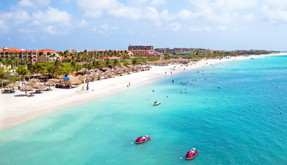 Lonely Planet nombró recientemente a Aruba como uno de los principales destinos turísticos para viajeros en 2020. (Foto: Shutterstock)