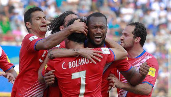 """""""Costa Rica posee una tradición respetable: han ido a cinco mundiales, cuentan con una liga construida alrededor de algunos clubes importantes (Saprissa, Alajuelense) y poseen un puñado de referentes históricos"""". (Foto: AFP)"""