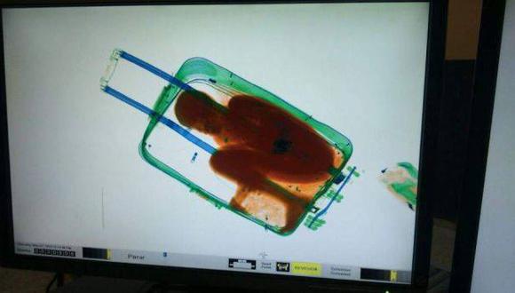 Quiso entrar de ilegal a España y murió asfixiado en una maleta