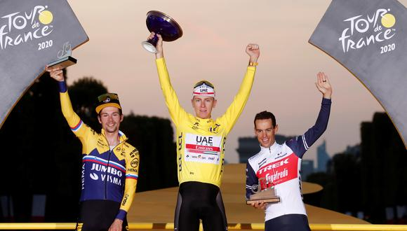 En la víspera de celebrar su 22º aniversario, Pogacar se convierte en el segundo ganador más joven de la historia del Tour, sólo por detrás de Henri Cornet, que logró con 19 años en 1904. (Foto: Reuters)