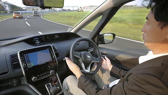 Los primeros vehículos sin conductor estarán destinados a flotas de taxis y a transporte urbano en ciudades sin clima extremo. (Foto: AP)