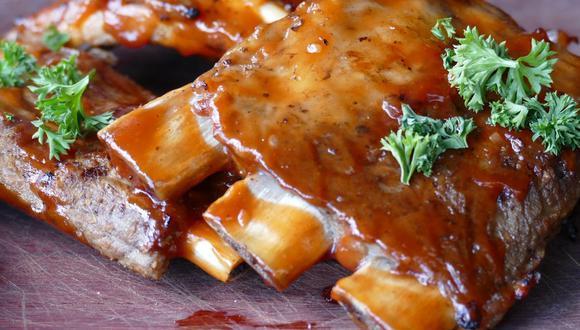 Las costillas a la miel son deliciosas, doradas y crujientes. (Foto: Pixabay)