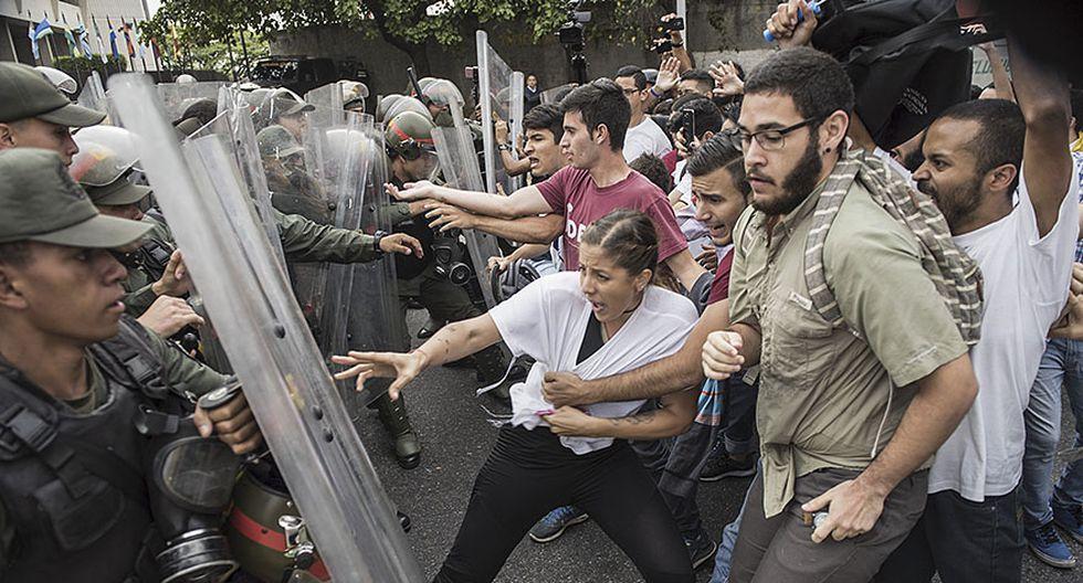 Venezuela: Estudiantes y periodistas se enfrentan a la policía - 3
