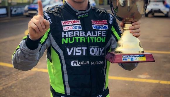 El piloto peruano consiguió su primer triunfo del Campeonato Argentino y Sudamericano CARX Rallycross