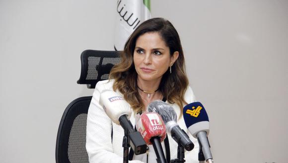 La ministra de Información del Líbano, Manal Abdel Samad, anunció el domingo su dimisión, la primera de un miembro del gobierno después de la devastadora explosión en el puerto de Beirut. (AFP).