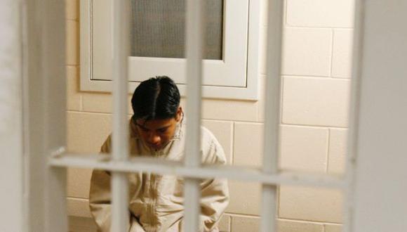 ¿Sabías que en EE.UU. hay niños encarcelados junto con adultos?