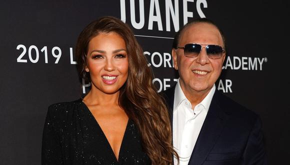 Thalía junto a su esposo Tommy Mottola. (Foto: Getty Images)