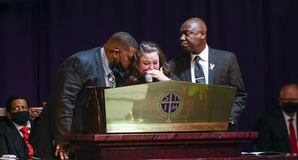 """Daunte Wright's mother's pain: """"It is my son who should bury me"""""""