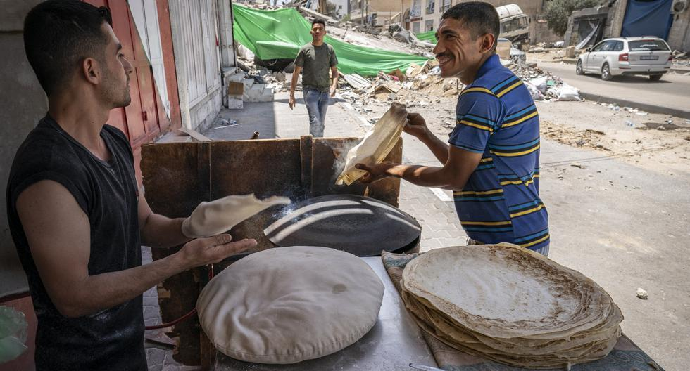 Gaza begins to return to normal after 11 days of conflict with Israel