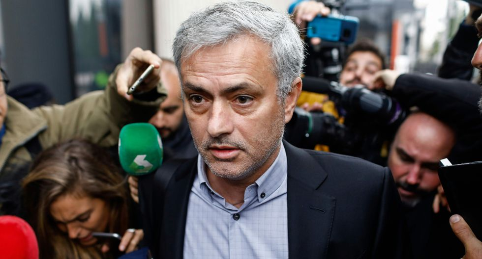 José Mourinho, la opción número uno para reemplazar a Mauricio Pochettino en el banco del Tottenham. (Foto: AFP)