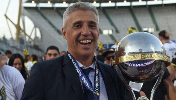 Hernán Crespo fue entrenador de Defensa y Justicia durante poco más de un año. (Foto: AFP)