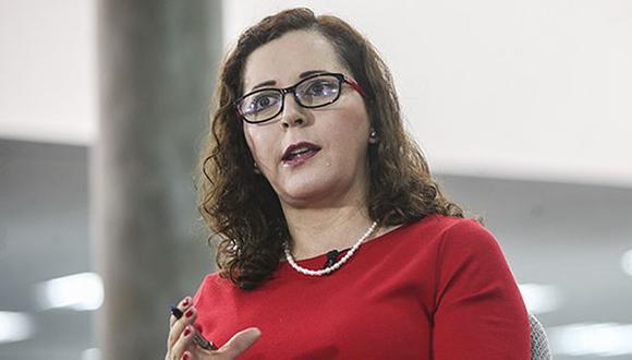 """""""Hay un quiebre democrático, se está violentando la independencia de poderes y esto es inadmisible"""", señaló Rosa Bartra tras la disolución del Parlamento en Venezuela. (Foto archivo Rolly Reyna)"""