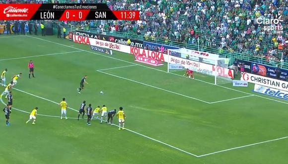 El argentino Julio Furch se encargó de abrir el marcador a favor de Santos Laguna en su visita ante Club León por la jornada 7 del Torneo Apertura en la Liga MX. (Foto: captura de video)