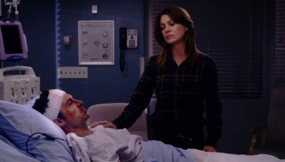 La noche antes que comience el nuevo ingreso de internos de cirugía en el hospital, Derek conoce a Meredith Grey en un conocido bar (Foto: ABC)