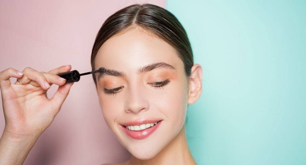 Las cejas ayudan a equilibrar la estética en el rostro. Ese detalle es importante al momento de depilarlas. (Foto: Shutterstock)